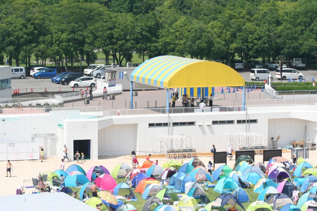 入場口&プールセンター