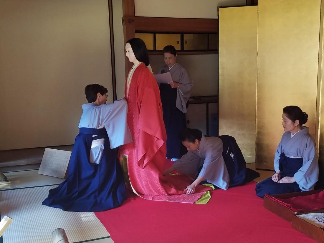 十二単着装実演 平成30(2018)年1月20日