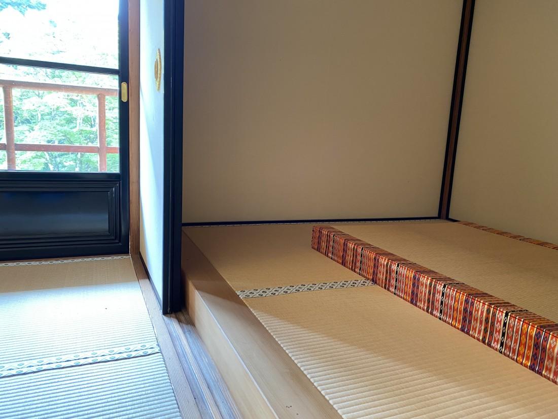 【開園20周年特別企画】劔璽の間・御寝室 室内特別公開