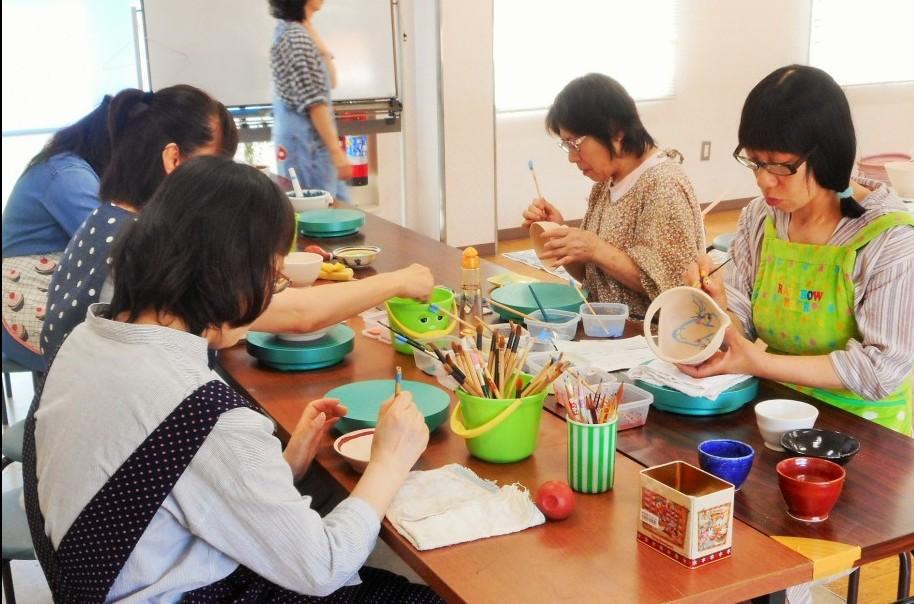 大人の陶芸教室『手びねり・釉掛け』